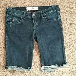 Hollister dark wash distressed bermuda shorts sz 0